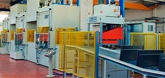 Línea de producción para el armario de una lavadora