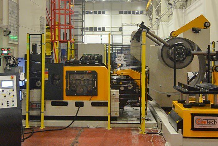 Línea de alimentación compacta sector automoción